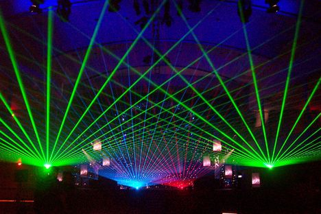 """Rugsėjo pirmosios """"Žiburėlis"""" - superklubas po atviru dangumi"""