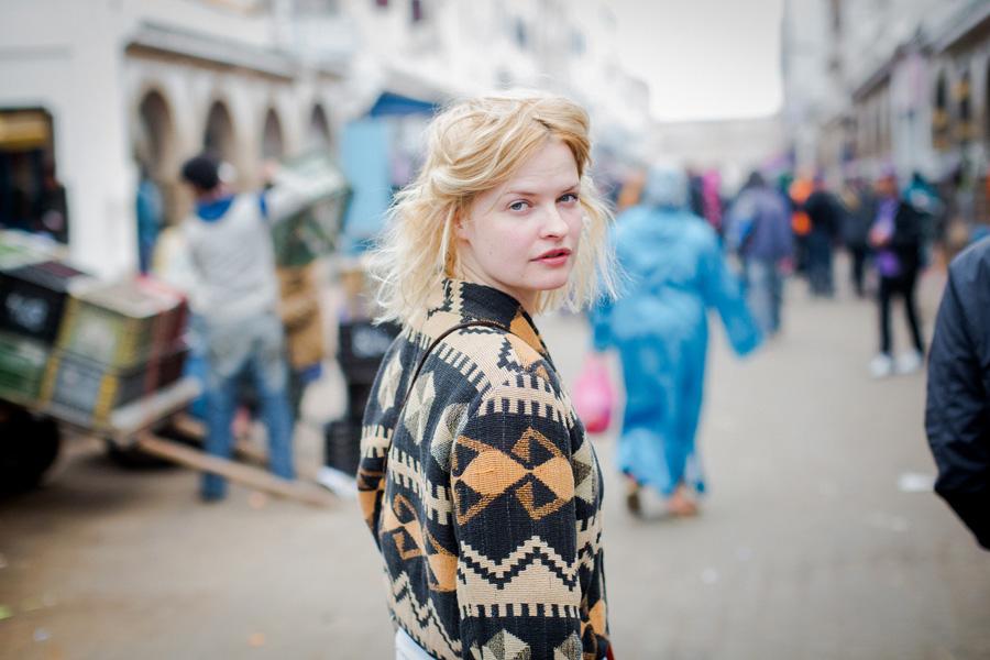 Blondinė, įsimylėjusi Maroką
