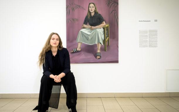 MONIKA PLENTAUSKAITĖ: tapytojos autoportretas
