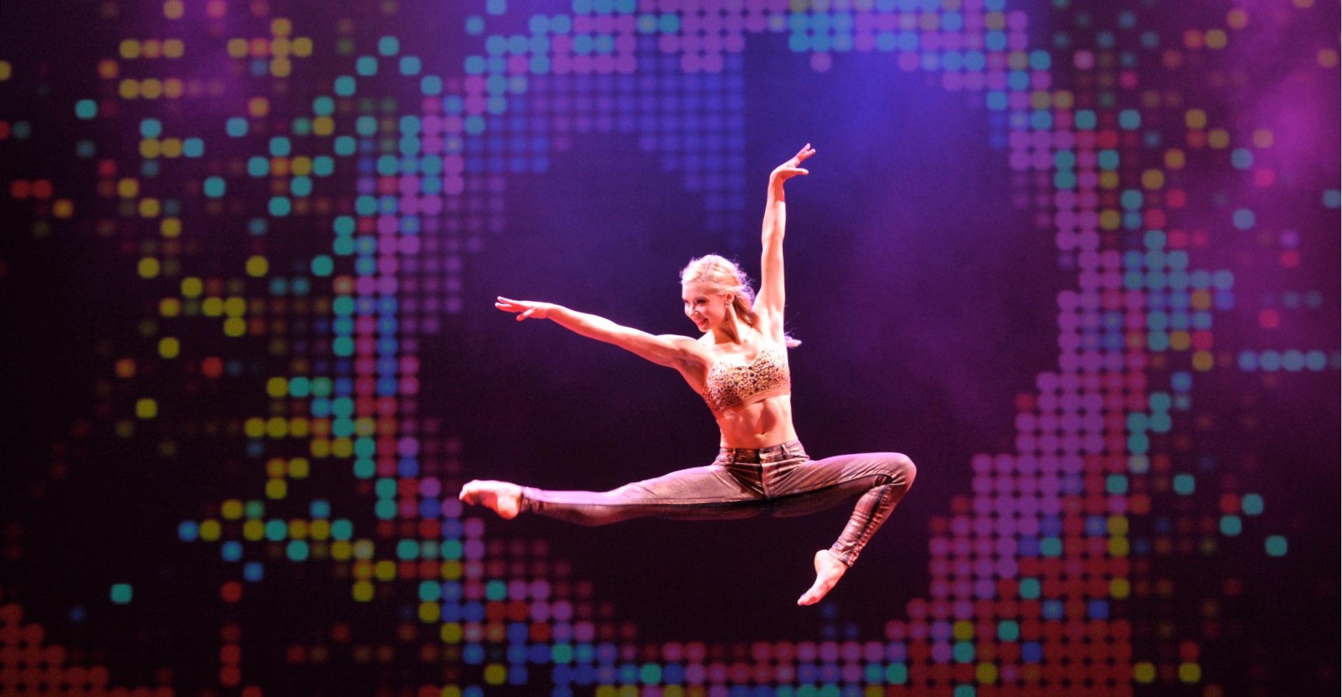"""Populiariojo JAV šou """"Rock The Ballet"""" žvaigždė pirmą kartą šoks protėvių žemėje - Lietuvoje"""