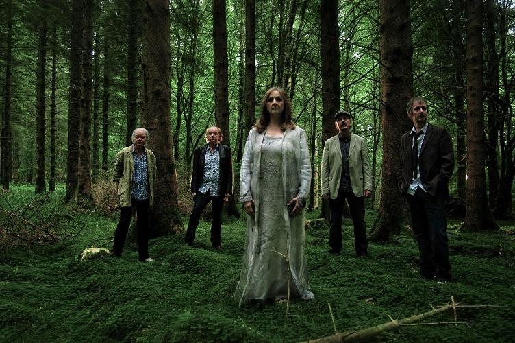 """Tėvynainių """"Clannad"""" viešnagės Lietuvoje laukianti Erica Jennings: """"Šią grupę mėgstu nuo vaikystės"""""""
